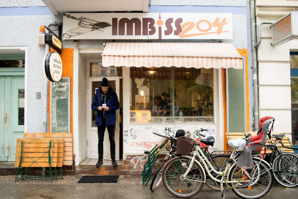 Imbiss-204-Berlin-Outside