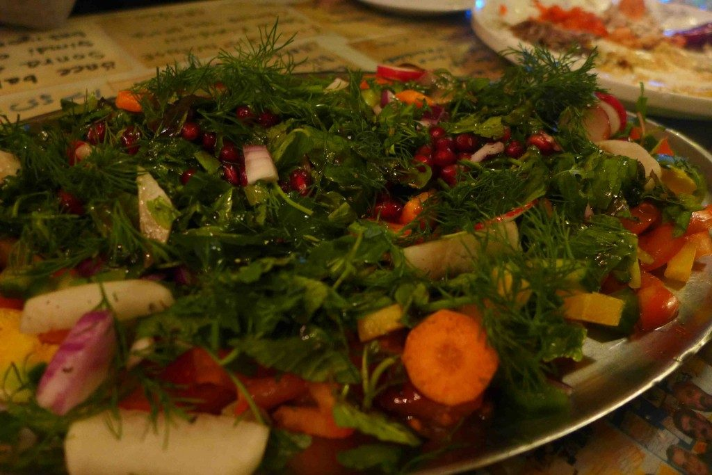 Kardas-Mine-Balikci-Ergun-Berlin-Salad--1024x683