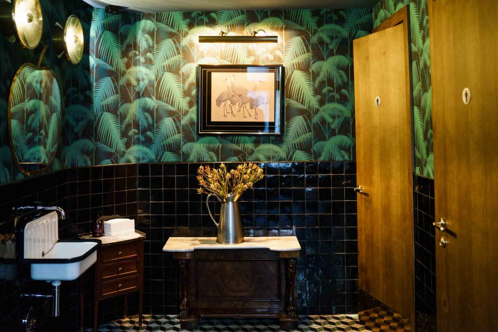 MINE Restaurant Berlin Bathroom